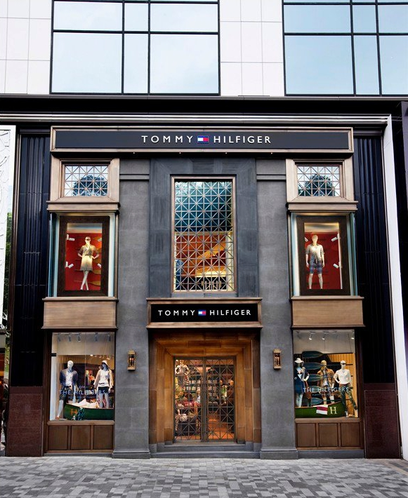 tommy hilfiger launches apparel in korea Tommy hilfiger launches clothing line for disabled children the line was created in collaboration with runway of dreams, a group that works with the fashion industry to adapt mainstream clothing .